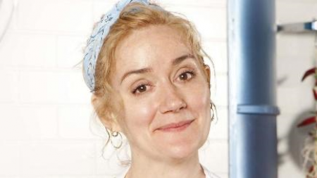 19.09.16 Sophie Thompson - Her film appearances include Four Weddings and a Funeral (1994), Gosford Park (2001) and Harry Potter and the Deathly Hallows – Part 1 (2010). Sophie also played Stella Crawford in the BBC1 soap opera EastEnders (2006–07).