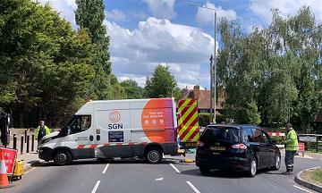 Major Gas Leak Closes A2 At Newington